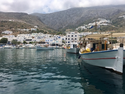 DeDannan sails to the Cyclades